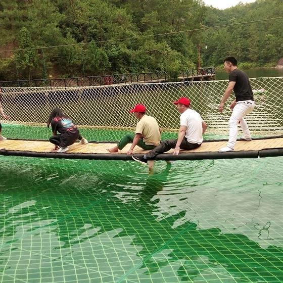 水上吊桥设备安装