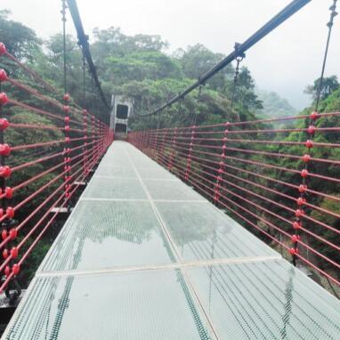 景区玻璃吊桥安装