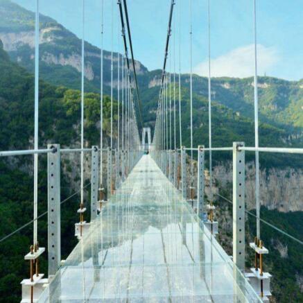 7D玻璃吊桥