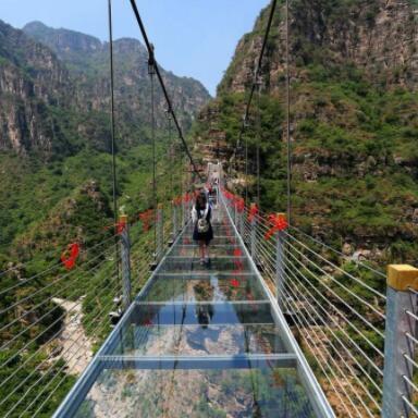 小型玻璃吊桥施工