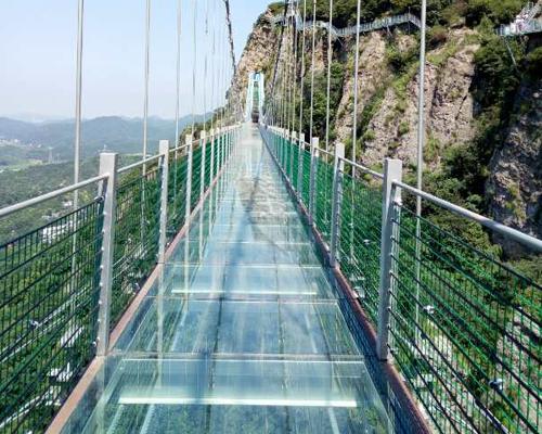 云南玻璃吊桥