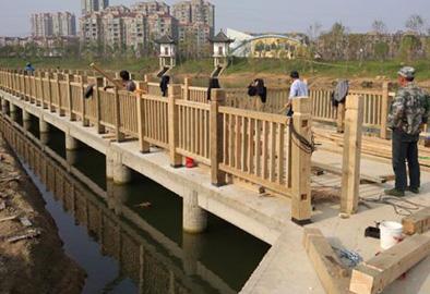 木板吊桥安装